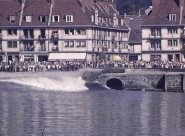 Photogramme : Aspect du mascaret de Seine à Caudebec-en-Caux, Robert Dasché, 1947, 16mm